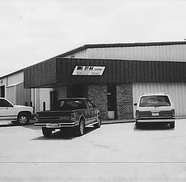 DY-NA Tool and Mold's first shop in Grand Island in 1990 before relocating to Kearney.
